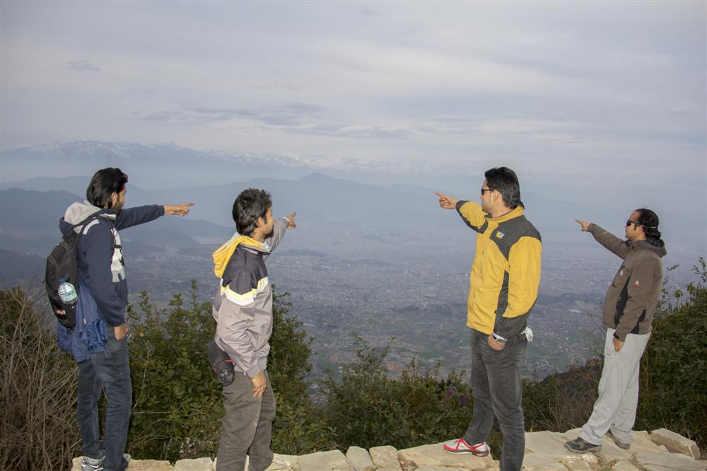 Pointing the Capital City...