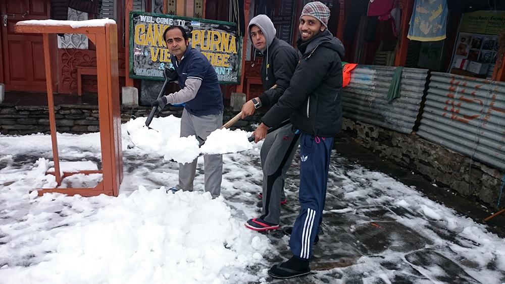 Rocking Moments VI _ Saroj Pandey